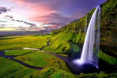 Iceland The Savvy Travellers - Sara Saleh - Seljalandsfoss