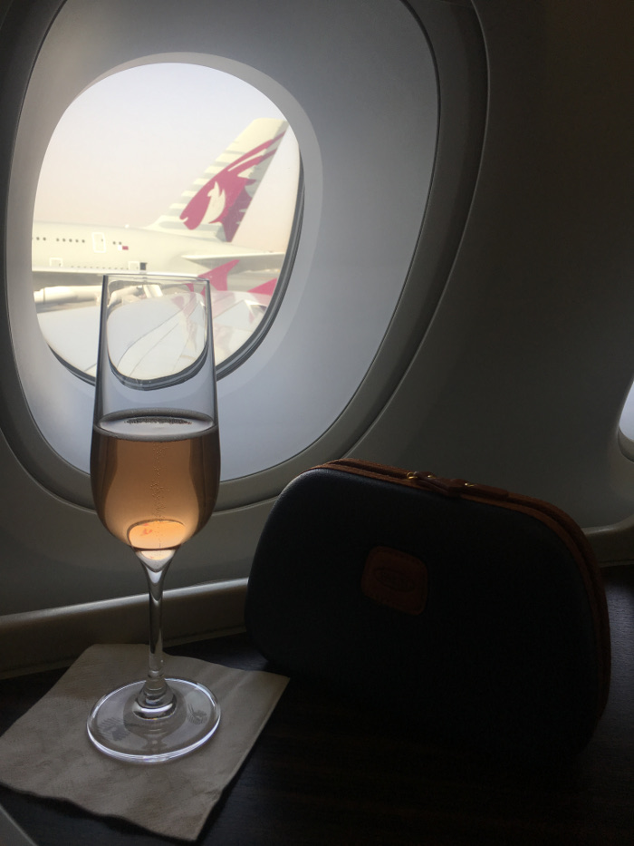 qatar-business-class-drinks